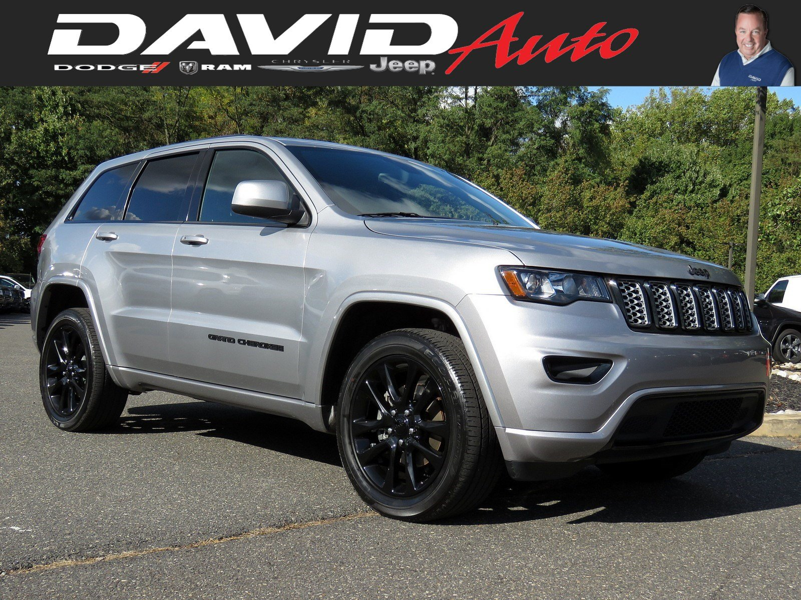 2018 Jeep Grand Cherokee >> Certified Pre Owned 2018 Jeep Grand Cherokee Altitude With Navigation 4wd