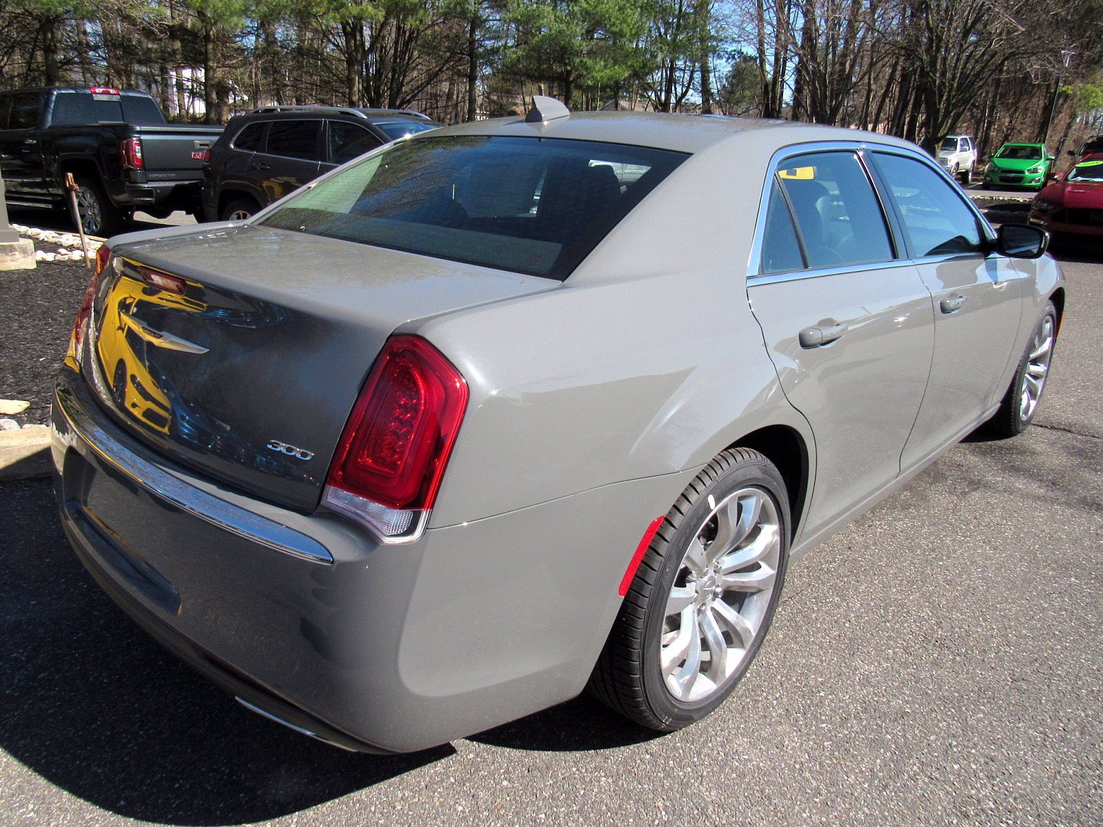 New 2019 CHRYSLER 300 Touring L Sedan in Glen Mills # ...