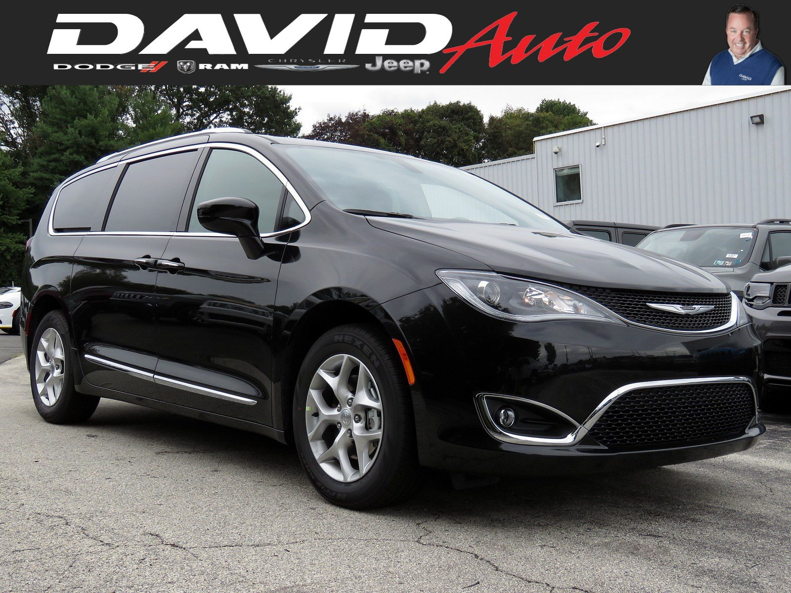 Chrysler Pacifica Van >> New 2020 Chrysler Pacifica 35th Anniversary Touring L