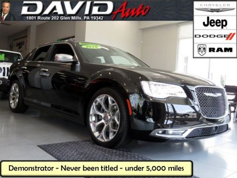 New 2018 CHRYSLER 300 300C